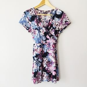 Pink blush short sleeve floral tunic top